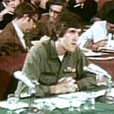 Voatv_kerry_testifies_before_congress_16